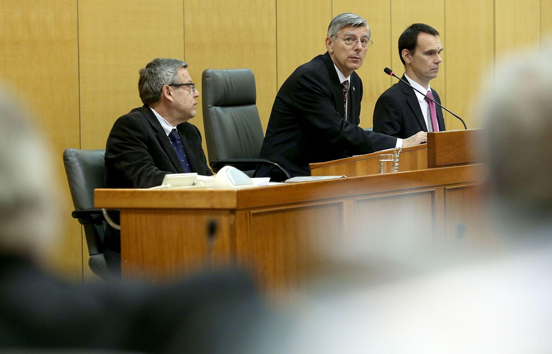 SABOR: U ponedjeljak odluka o državnom proračunu za 2016.