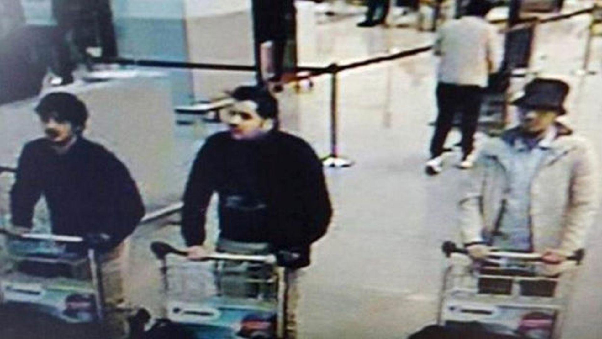 IDENTITET BOMBAŠA SAMOUBOJICA: Sudjelovali su i u napadima u Parizu?