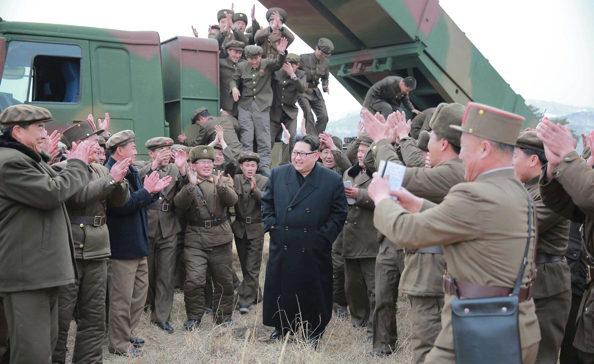 Sjeverna Koreja zaprijetila SAD-u i Južnoj Koreji nuklearnim udarima
