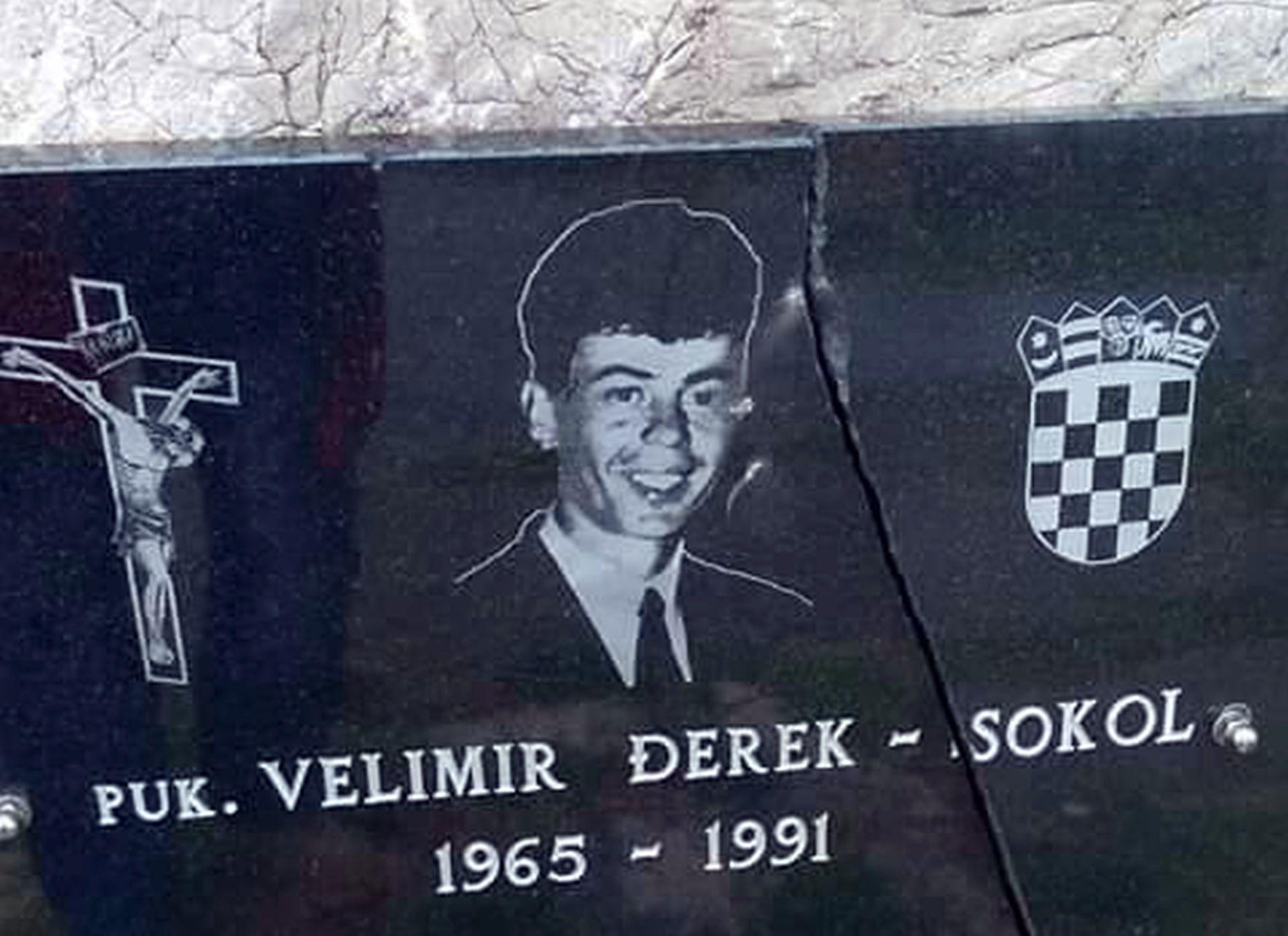 VANDALIZAM:Razbijena spomen ploča junaka i jednog od simbola obrane Vukovara