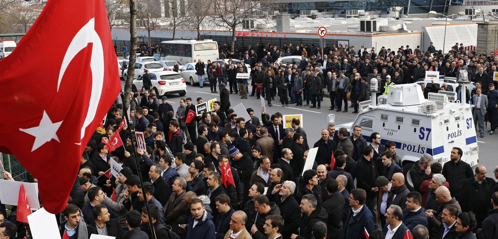 GUŠENJE MEDIJA: Turske vlasti stavile pod nadzor velike novine nesklone predsjedniku Erdoganu