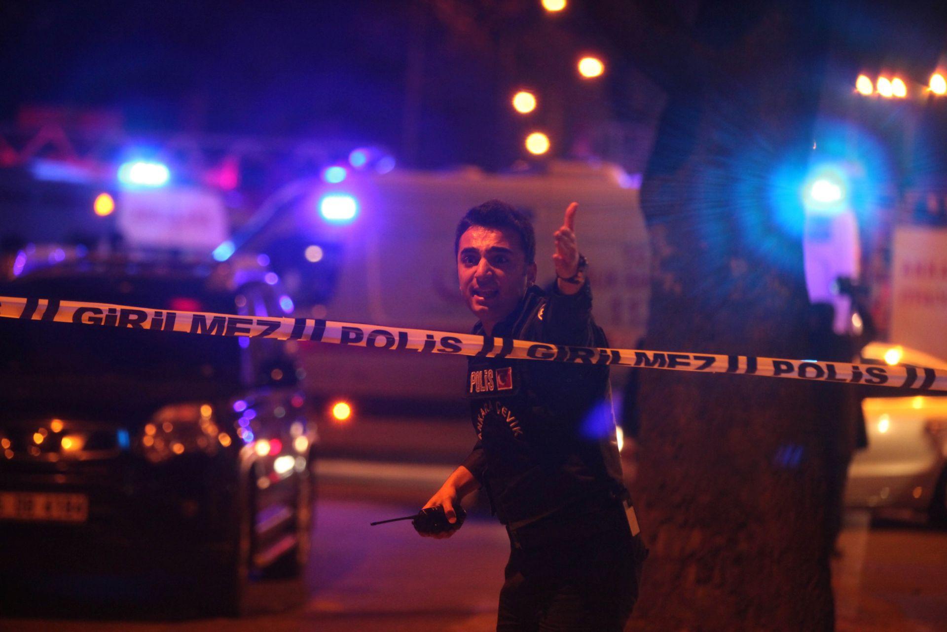 ISTANBUL: Policija ubila dvije žene koje su napale policijsku postaju