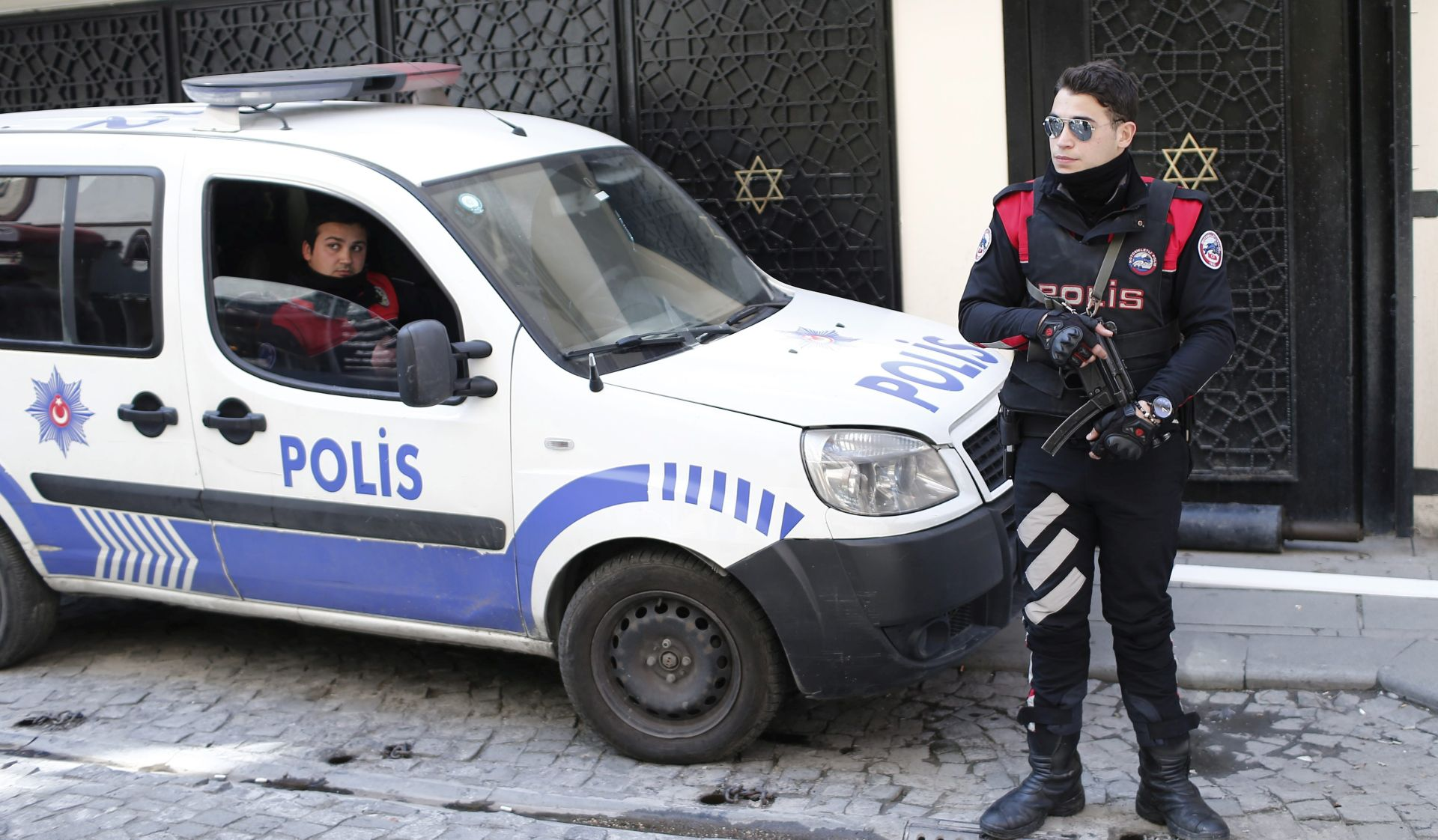 POKUŠALI VRBOVATI NOVE BORCE: U Moskvi uhićeni članovi IS-a, u Turskoj džihadisti Al Nusre