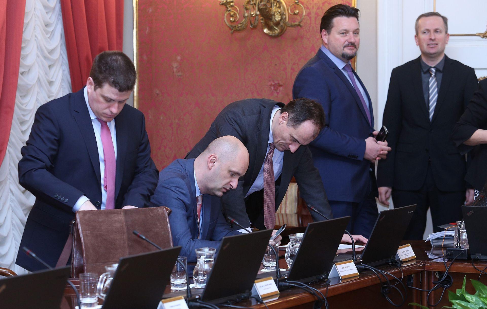 VLADA: Prihvaćena stajališta za sastanak Europskog vijeća, 17. i 18. ožujka