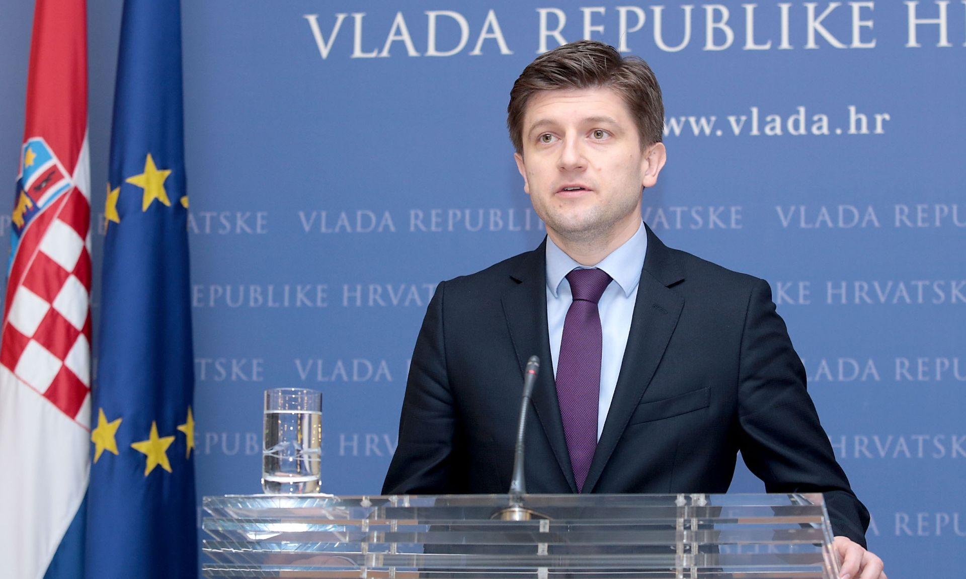Ministar Zdravko Marić o proračunu: Dolazi do smanjivanja naknada socijali