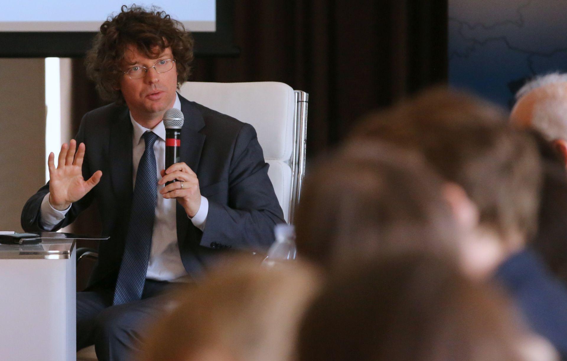 RADIONICA: Svjetska banka i Ministarstvo o nužnim promjenama financiranja visokog obrazovanja
