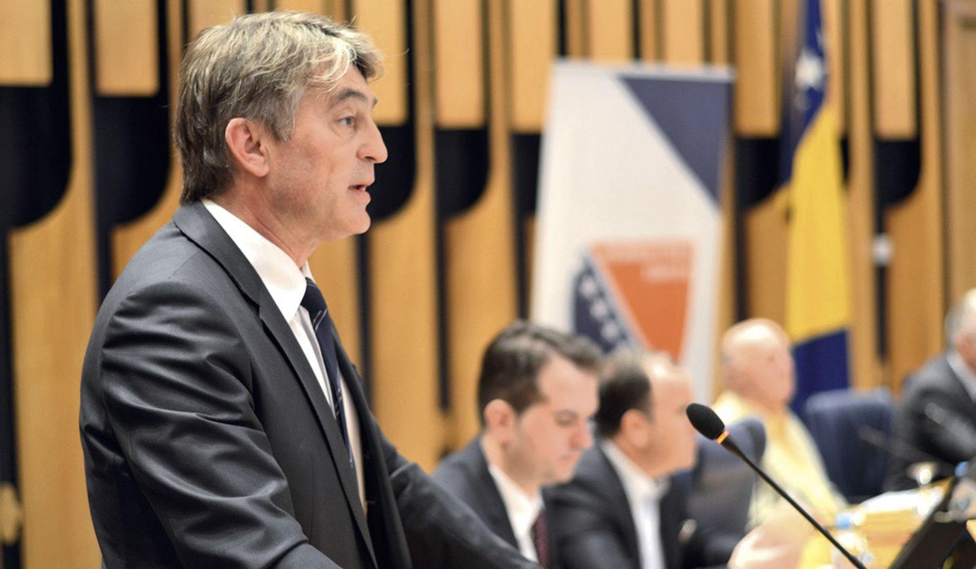 Komšić optužio Hrvatsku da se miješa u unutarnje poslove BiH