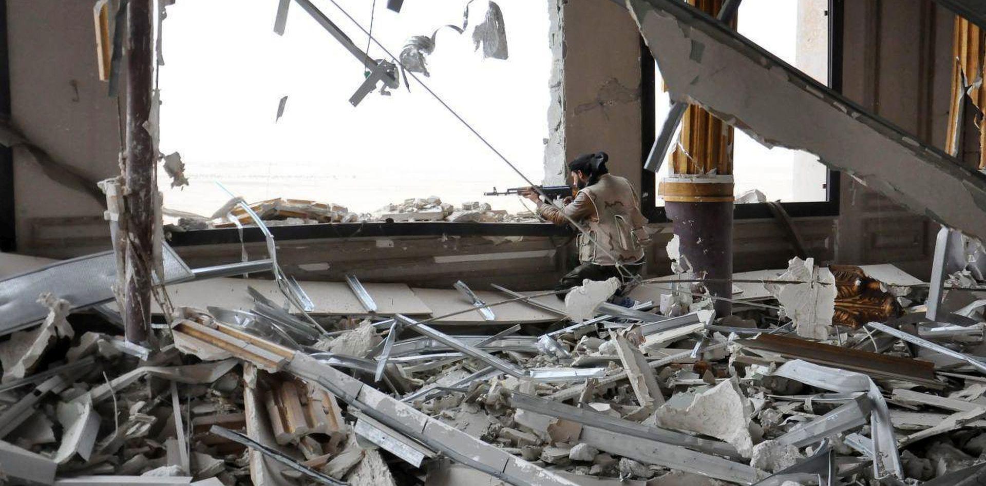 VIŠE OD 30 POGINULIH: SAD oštro osudio zračne napade u Damasku