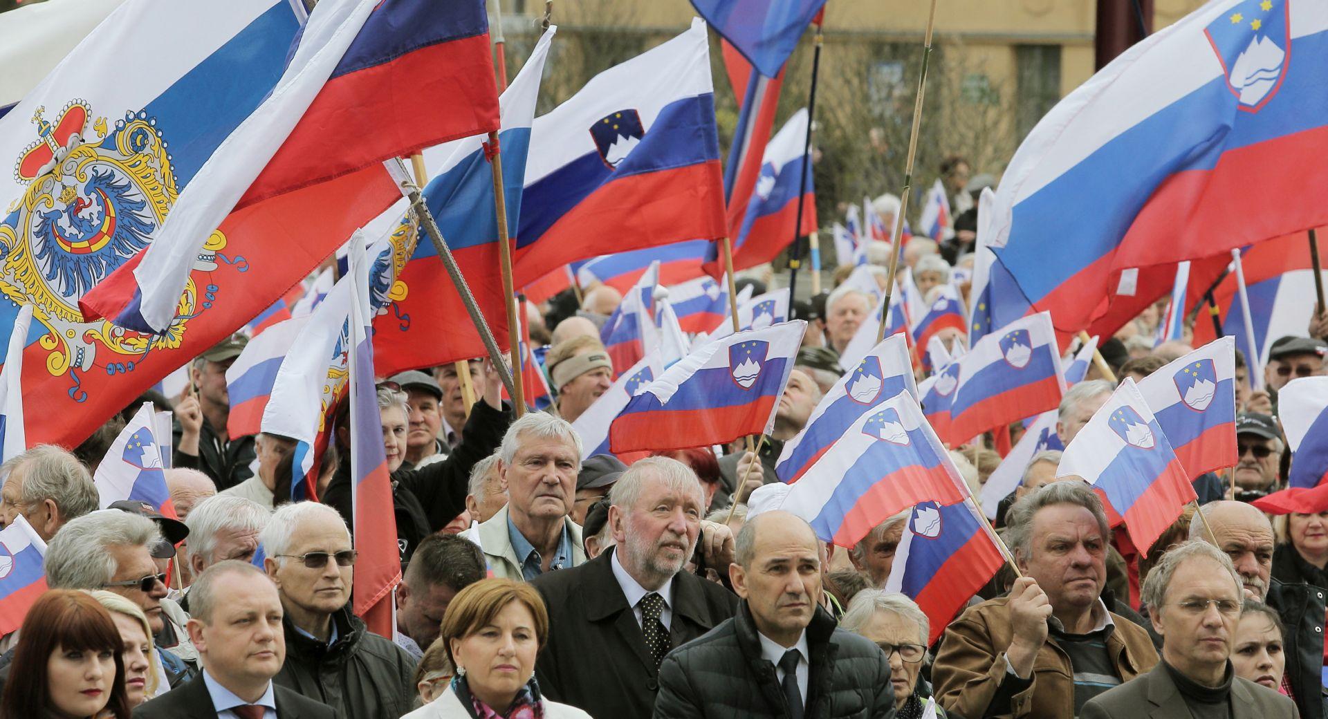 Tisuće u Ljubljani protiv migranata, Cerar optužuje za ksenofobiju