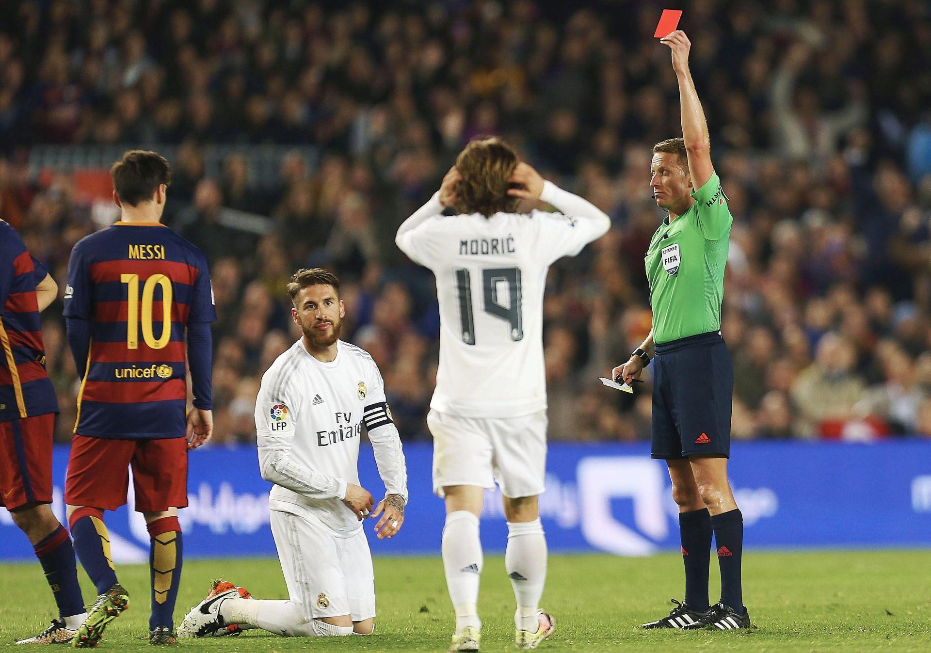 NESLAVNI REKORD Sergio Ramos u El Clasicu zaradio 21. crveni karton