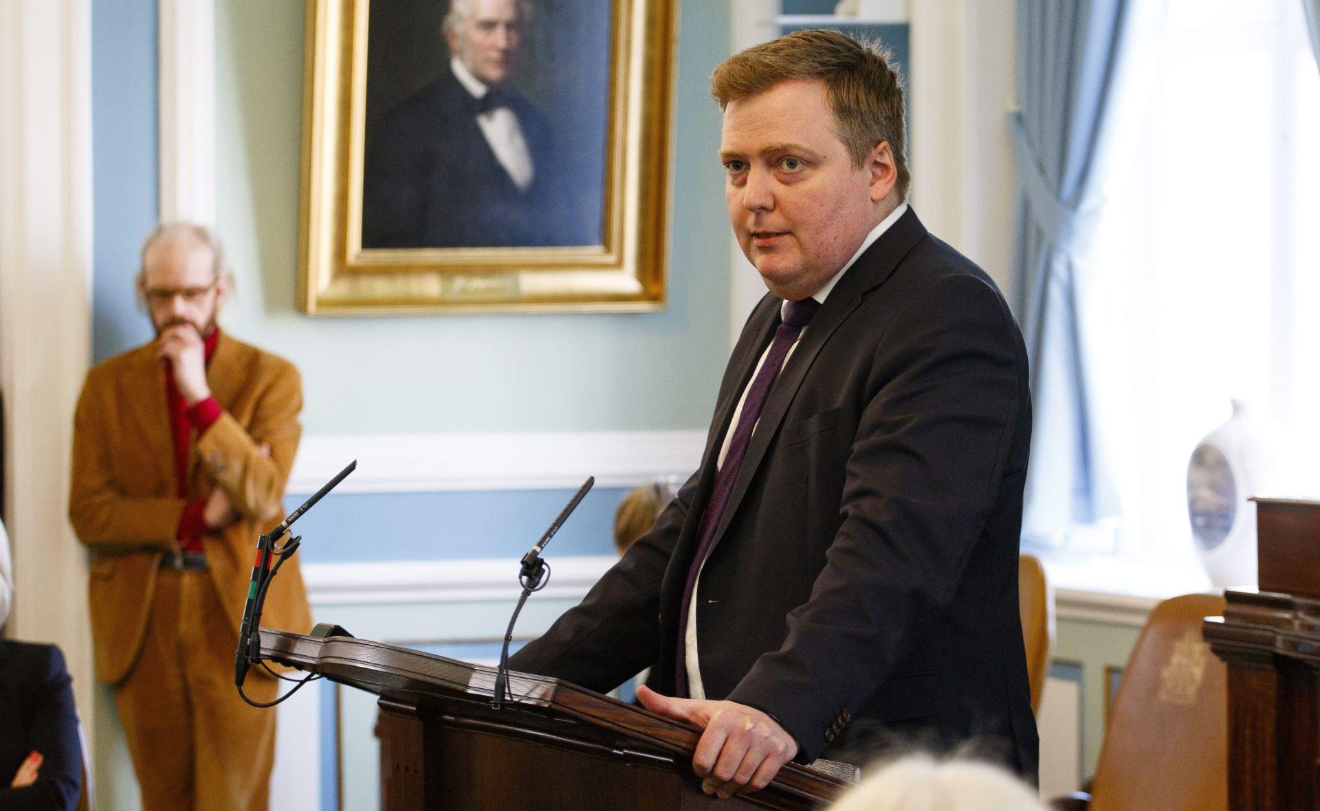 PANAMSKI DOKUMENTI:  Islandski premijer podnio ostavku