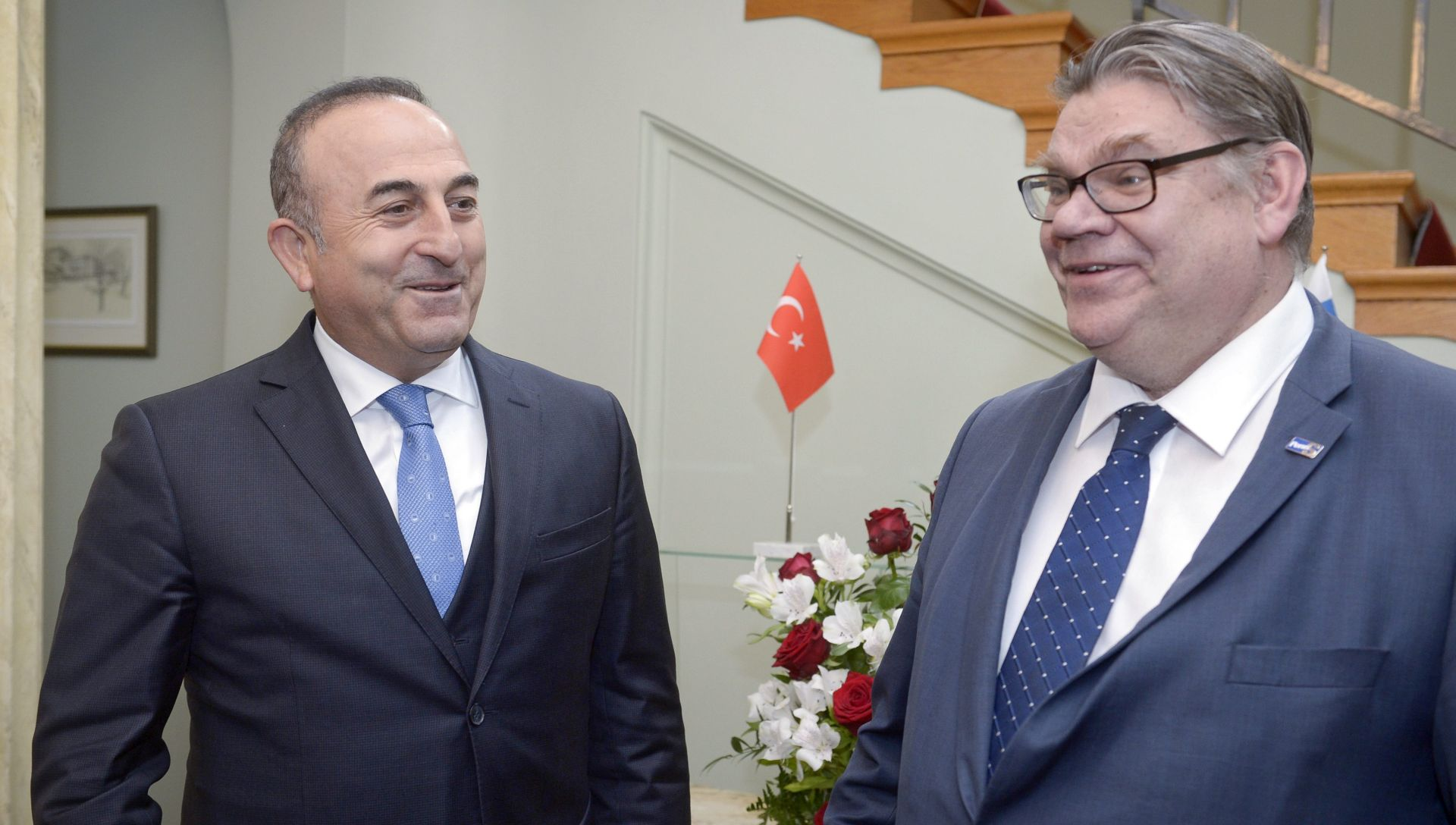Cavusoglu tvrdi da mreža klerika Gulena stoji iza ubojstva ruskog veleposlanika