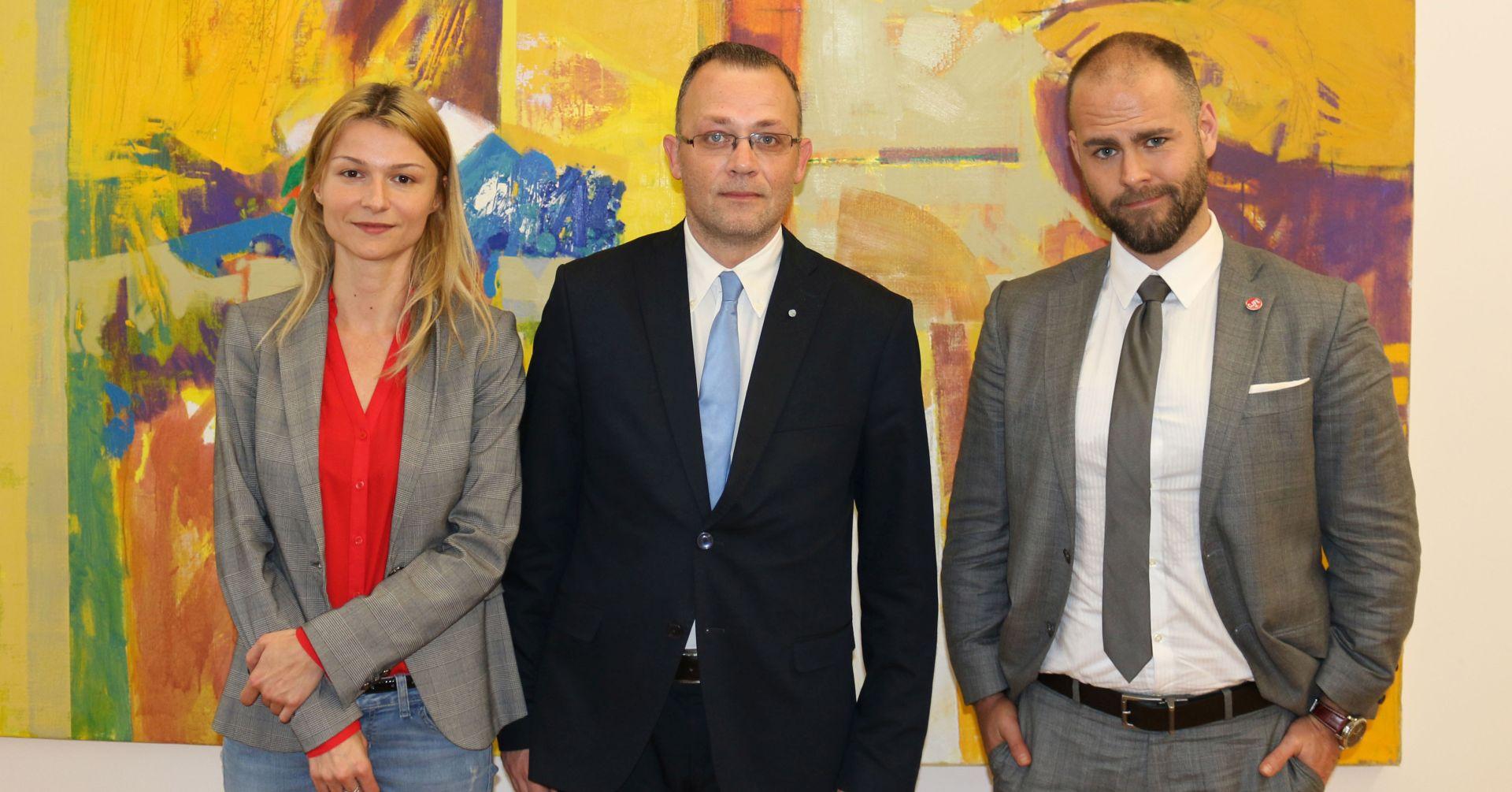 Ministar kulture primio predstavnike CJFE i Centra za mirovne studije