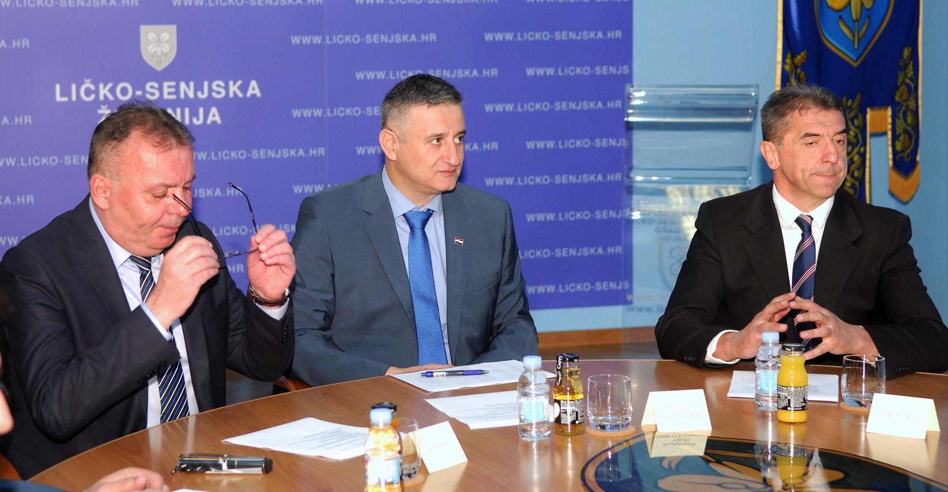 Vlada dala podršku Karamarku, MOST glasao protiv