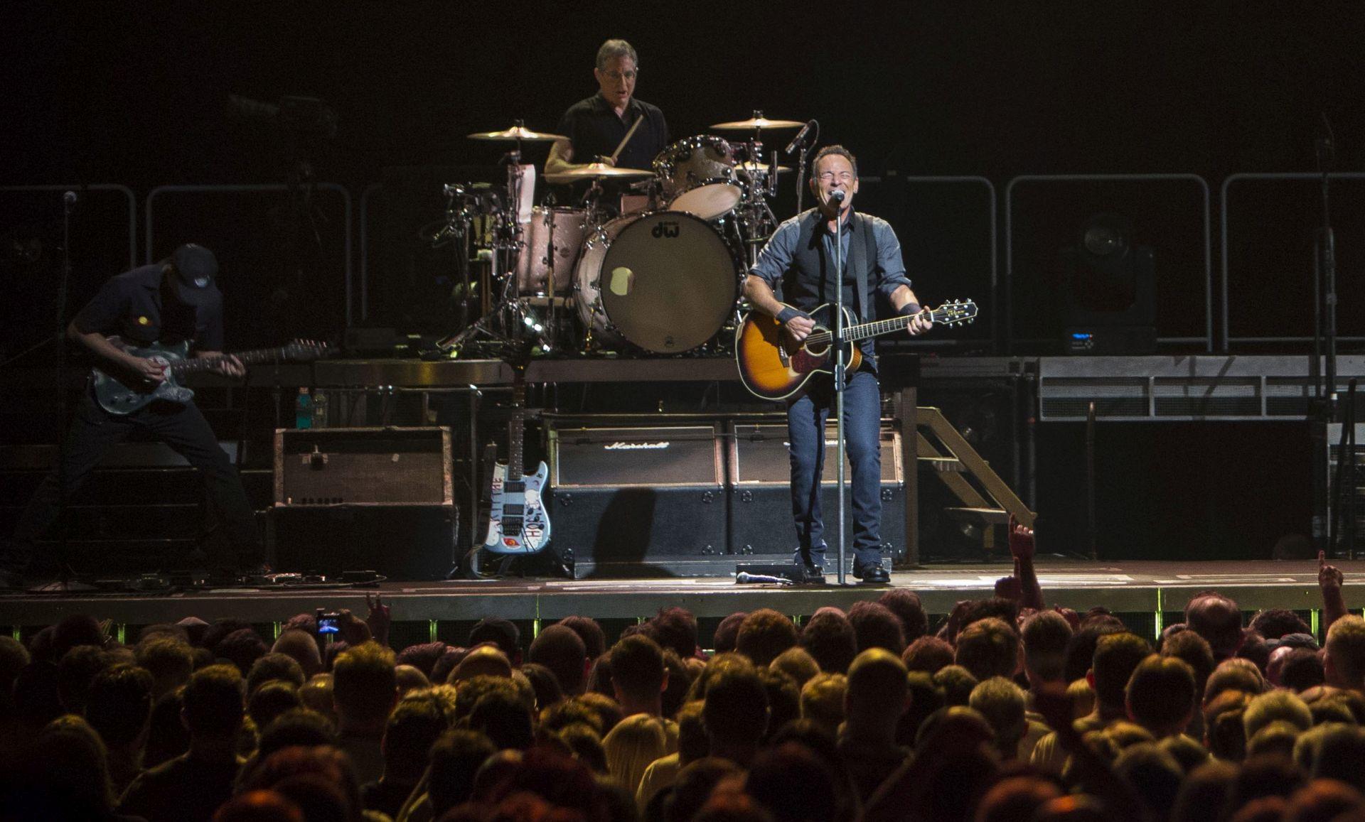 SJEVERNA KAROLINA Springsteen otkazao koncert zbog diskriminirajućeg zakona prema transrodnim osobama