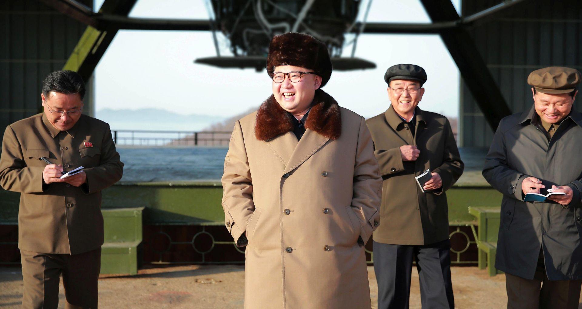 DUŽNOSNICI IZ SEULA Sjeverna Koreja ispalila podmornički projektil