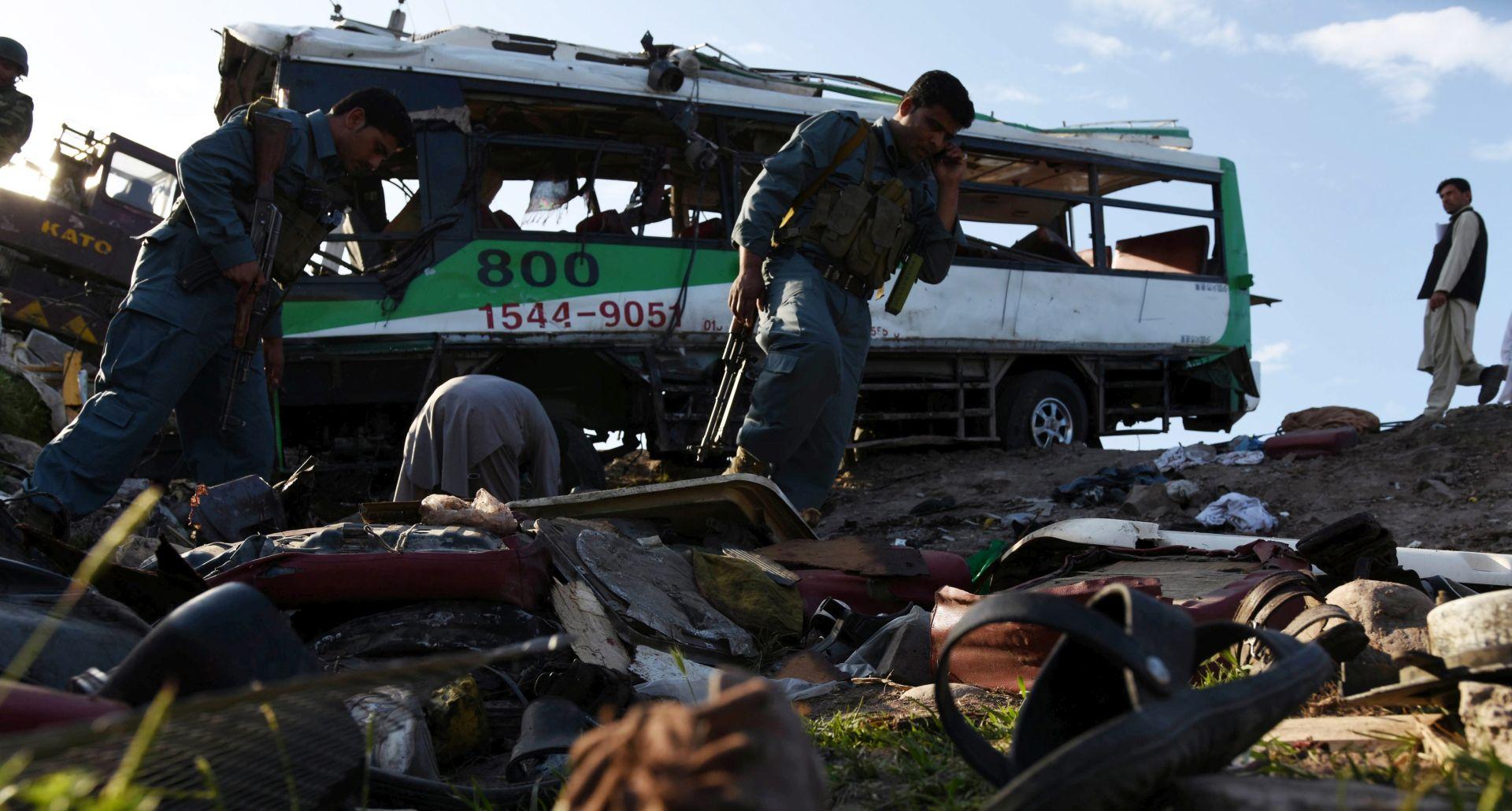 AFGANISTAN Najmanje 12 policijskih novaka poginulo u bombaškom napadu
