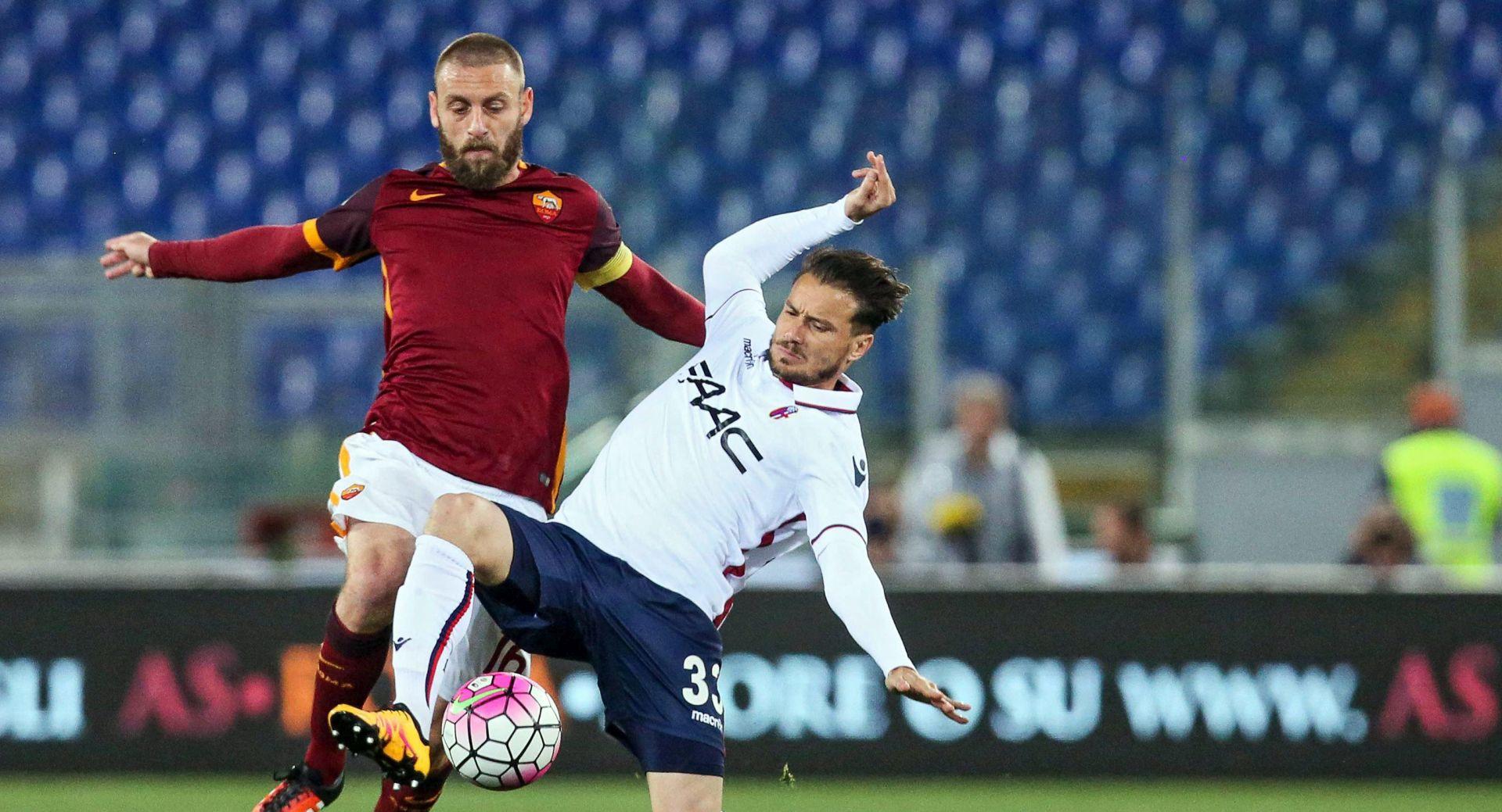 NOGOMET PONEDJELJKOM Remi Rome i Bologne, Deportivo poražen od Las Palmasa