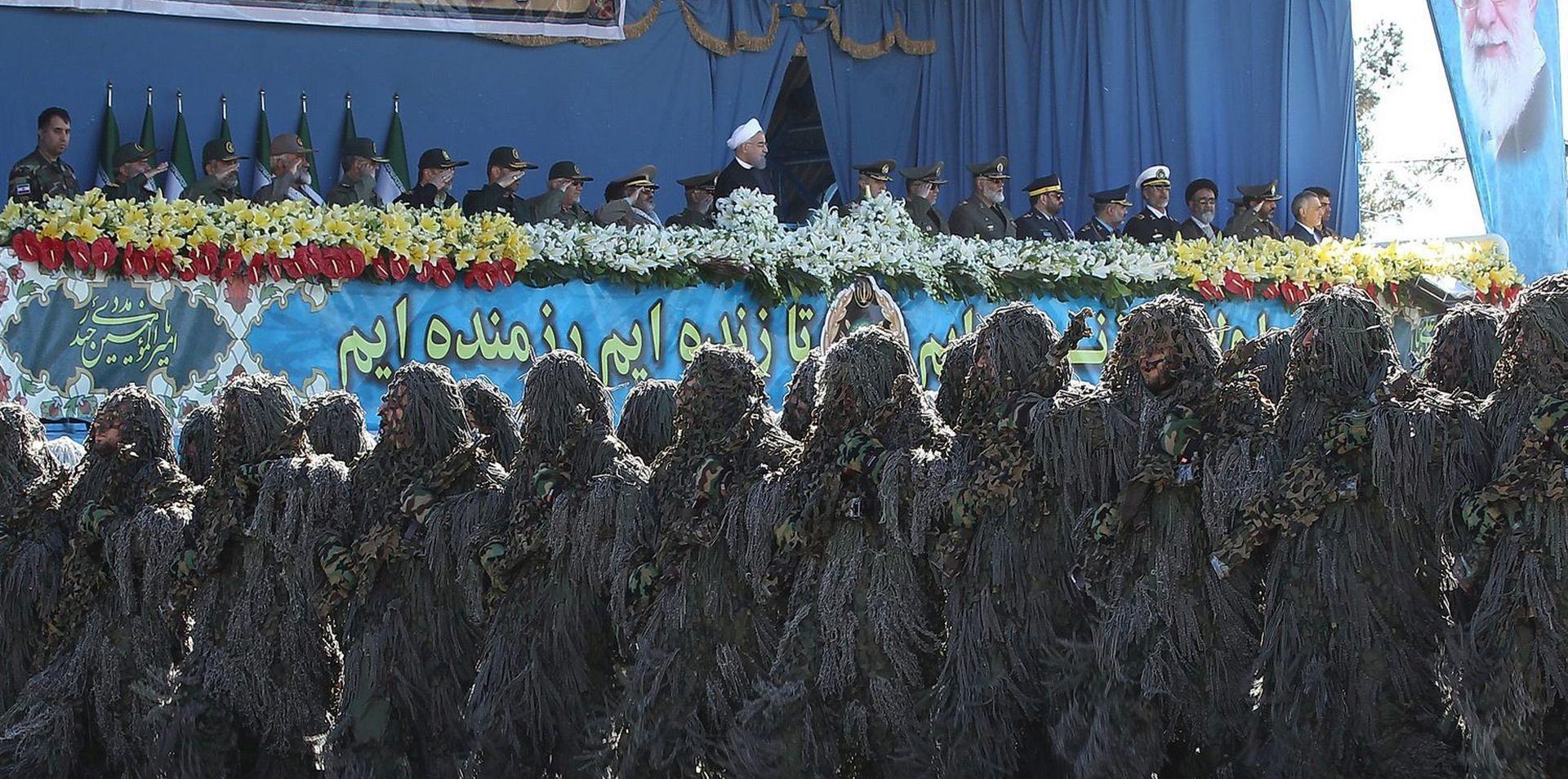 DAN VOJSKE U TEHERANU Iran pokazao ruski sustav S-300