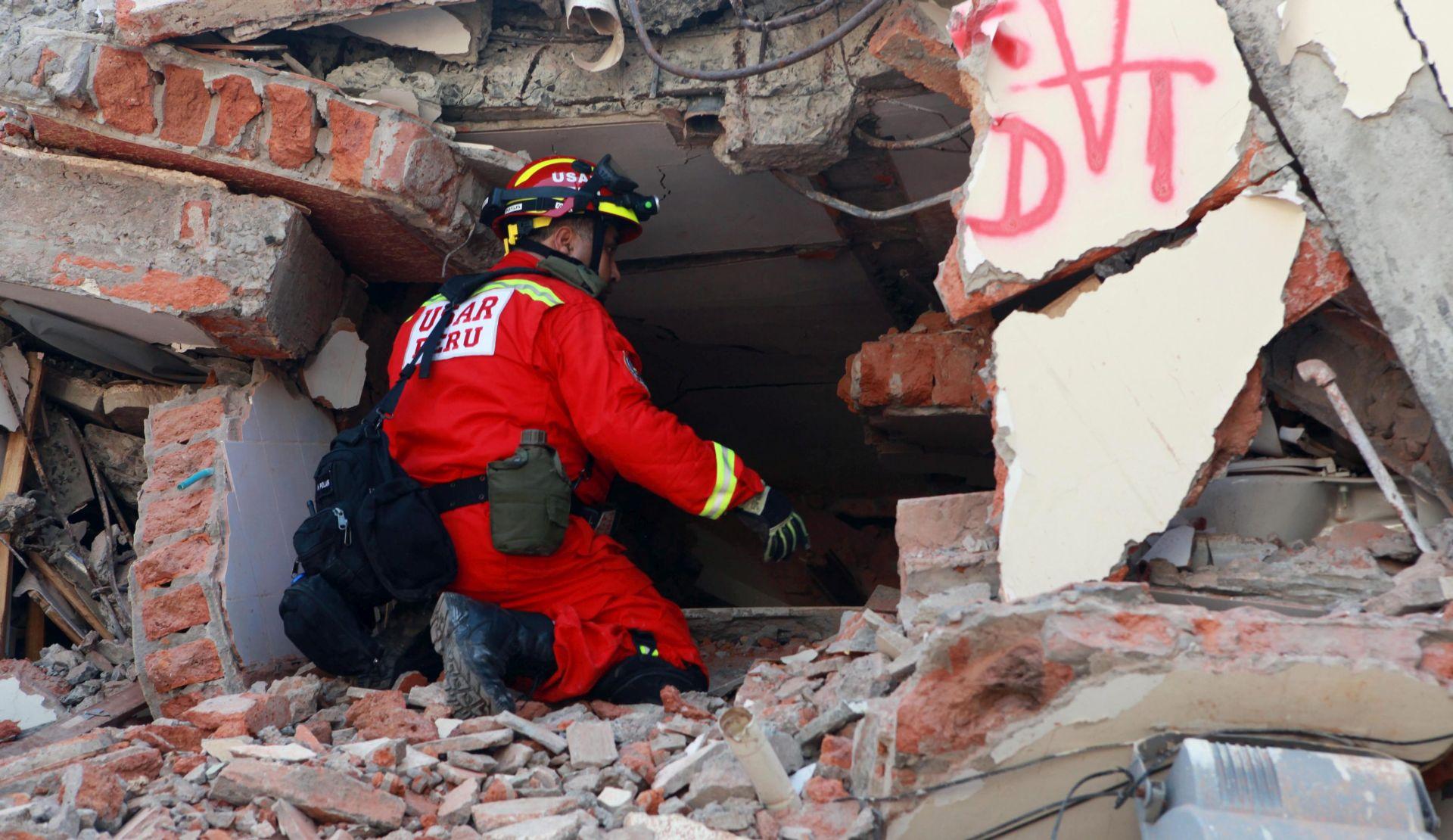 SAD će poslati tim stručnjaka za pomoć potresom pogođenom Ekvadoru