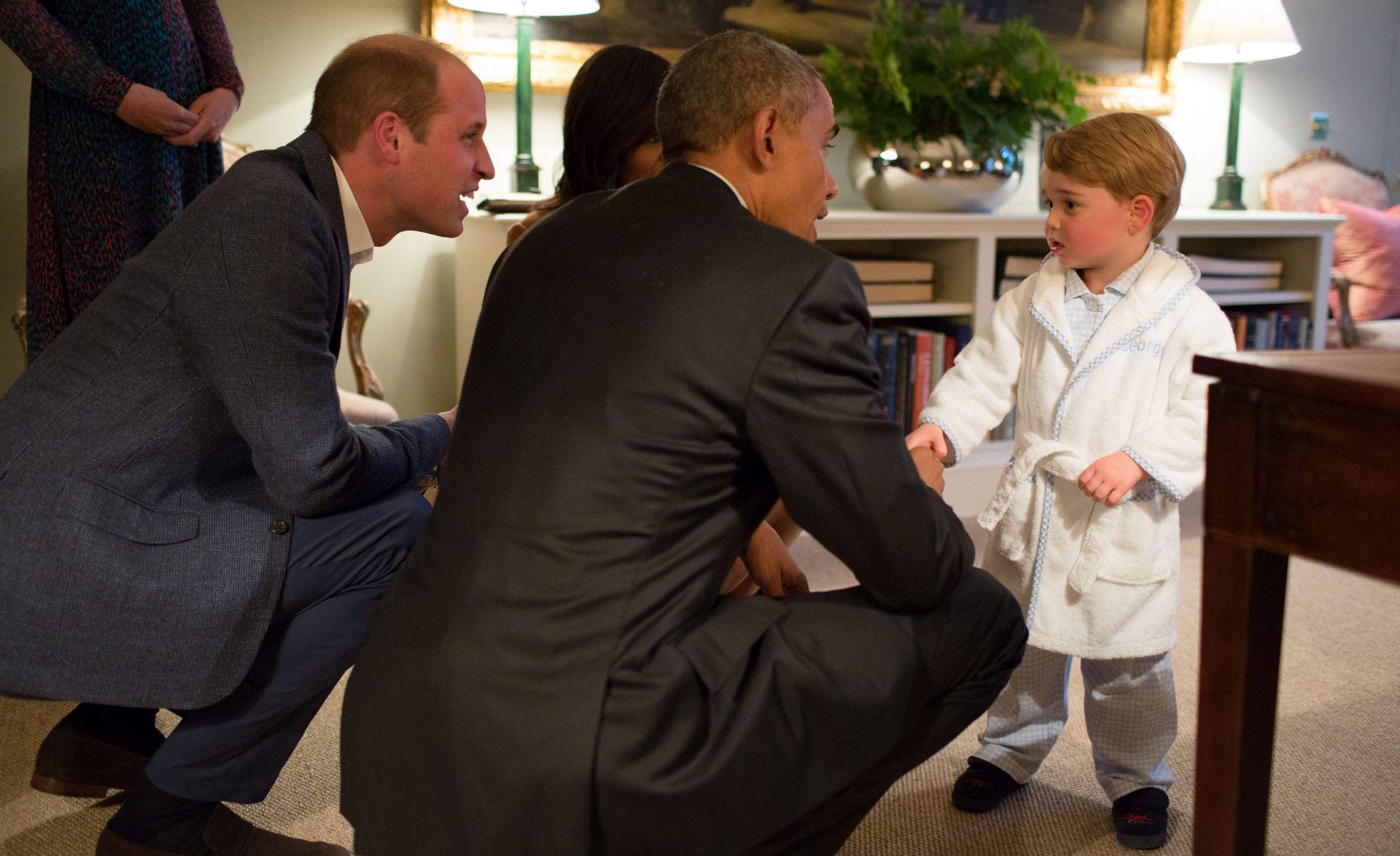 FOTO: PRINC GEORGE OSVAJA SVIJET U pidžami i kućnom ogrtaču upoznao se s američkim predsjednikom