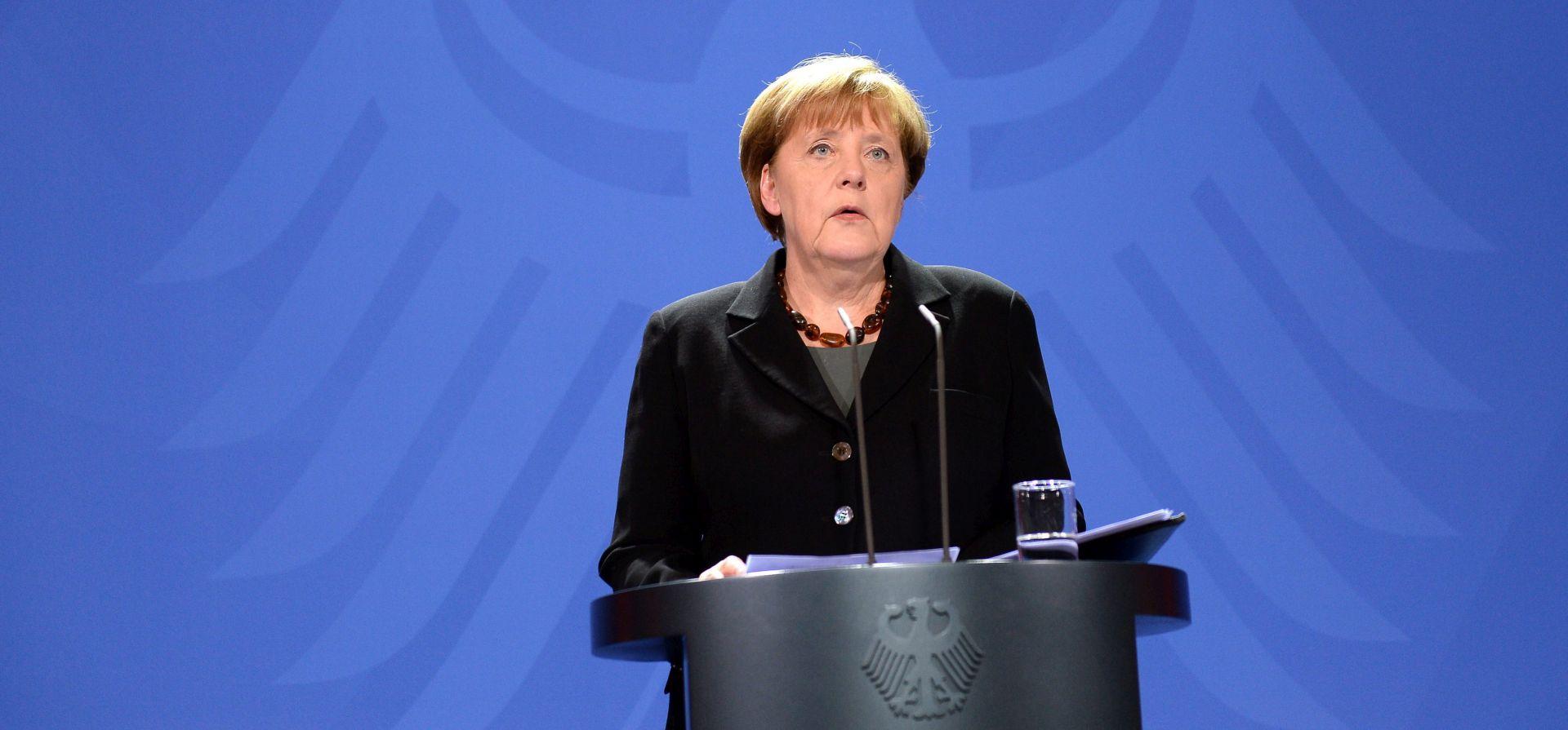 POLITIKA PRIHVATA: Merkel uzvraća na kritike francuskog premijera zbog migranata