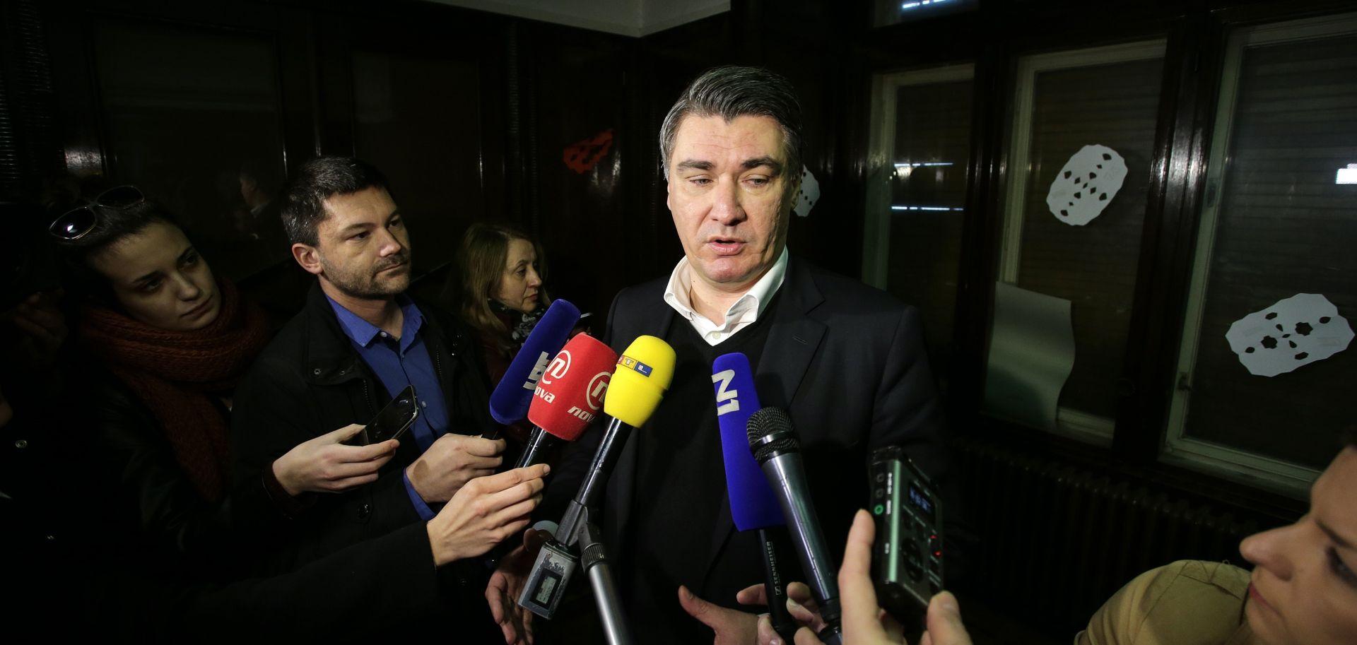 BROJE SE GLASOVI Neslužbene informacije govore o premoćnoj pobjedi Milanovića
