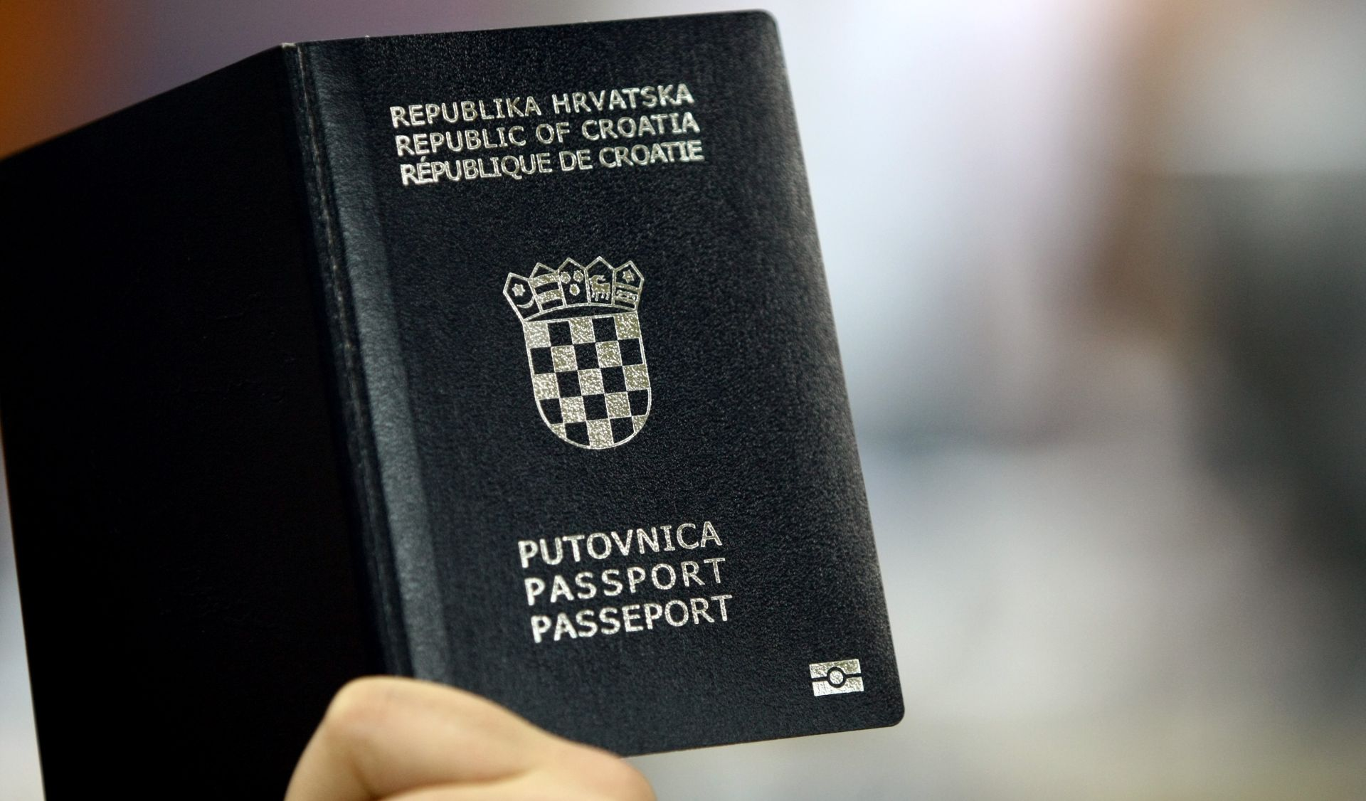 SESTRE DRAGUTINOVIĆ Španjolska deportira pljačkašice s hrvatskim putovnicama