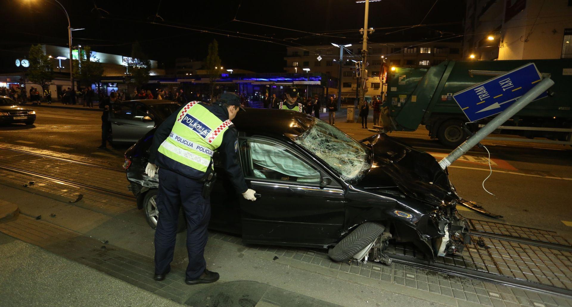 DETALJI NESREĆE NA KVATERNIKOVOM TRGU Vozač sa 1.96 promila usmrtio pješakinju, pokušao pobjeći