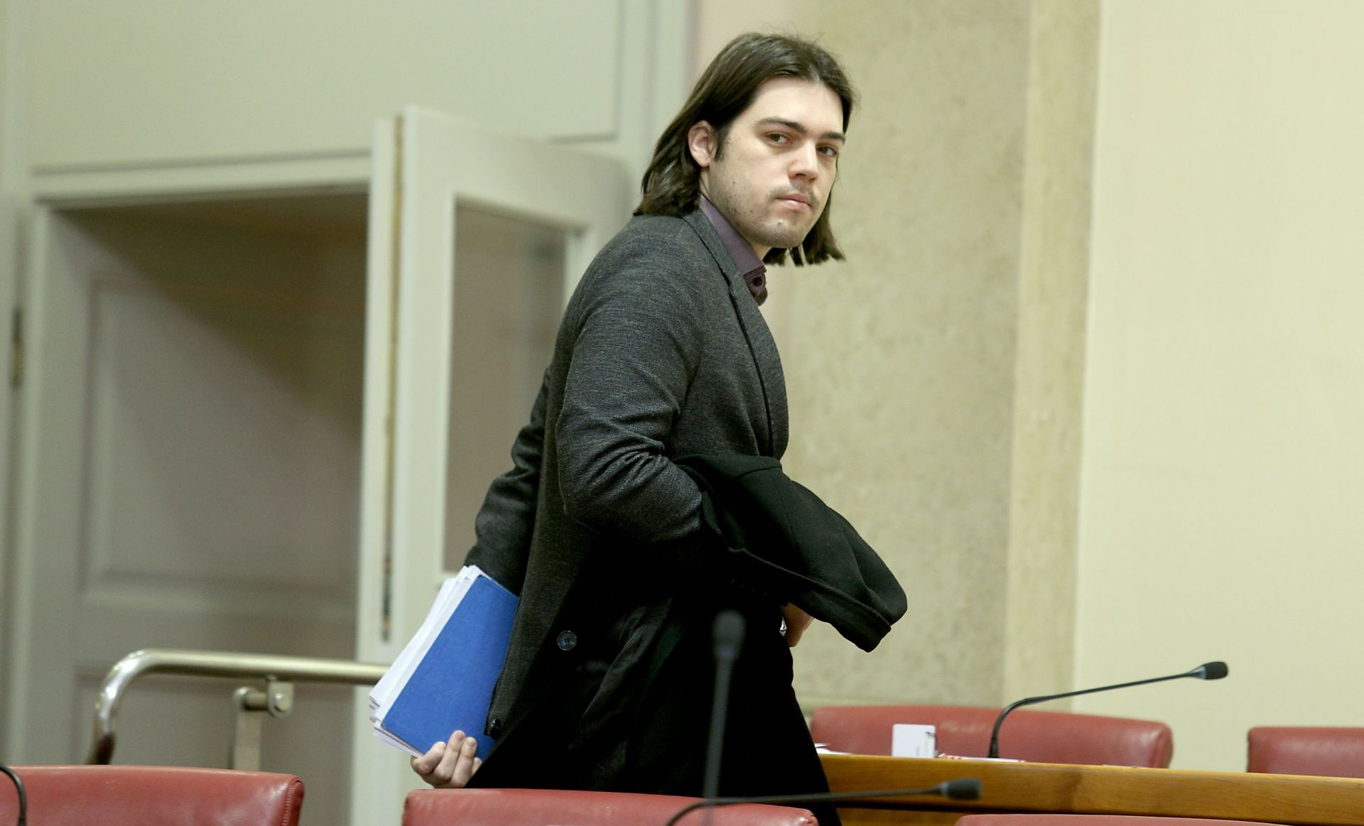 """ŽIVI ZID """"Pet i pol mjeseci nakon izbora nema reformi. Uspjeh Vlade je što se još uvijek nije raspala"""""""