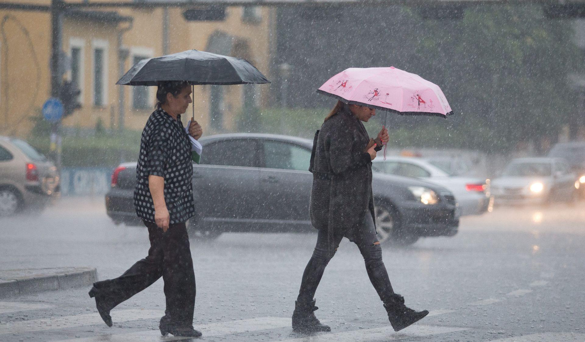 SUTRA MOGUĆ SNIJEG U GORJU Subota oblačna, s mjestimičnom i kišom i pljuskovima s grmljavinom