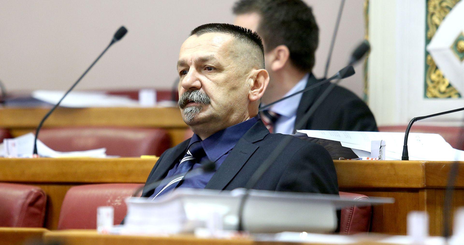 """ĆORIĆ """"HSP AS traži ostavku ministra Vlahe Oprepića, on je izravno odgovoran za krađu u policiji"""""""