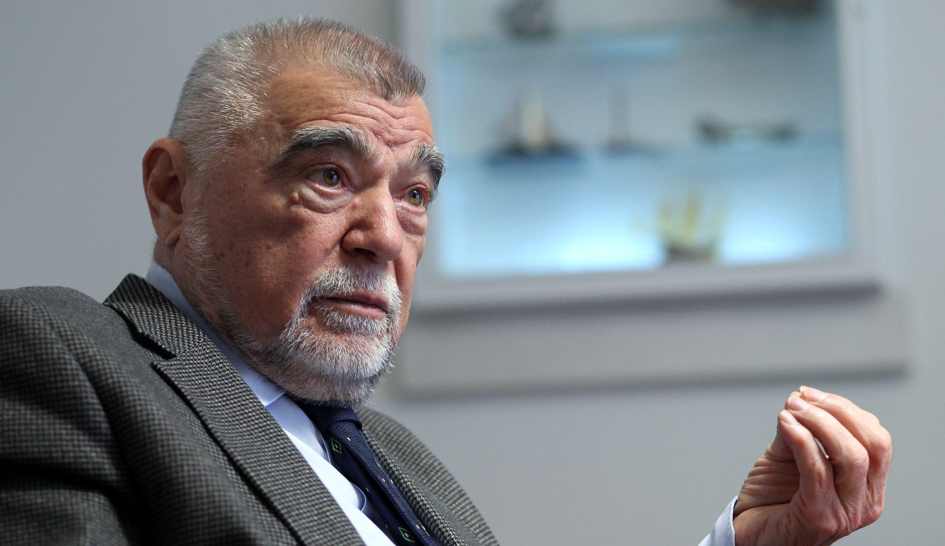 STJEPAN MESIĆ 'Saborski zastupnici pokazuju zaprepašćujuće neznanje'