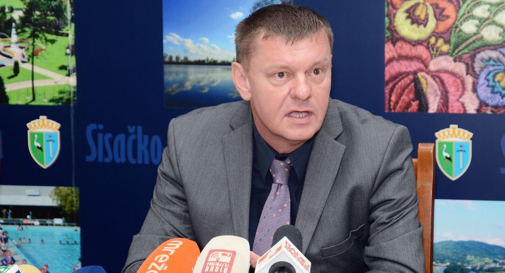 Petrinjsko vodstvo SDSS-a napustilo stranku: Rad se svodi na trgovinu s HDZ-om i SDP-om