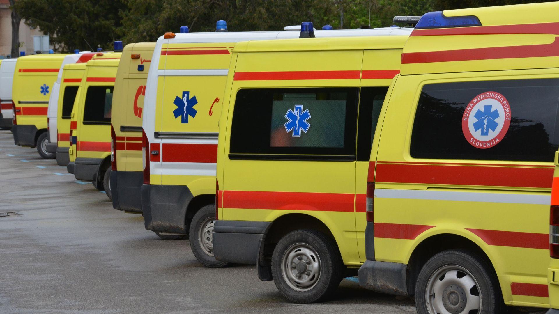 Murterini zbog ukidanja tima Hitne s liječnikom blokirali Jadransku magistralu
