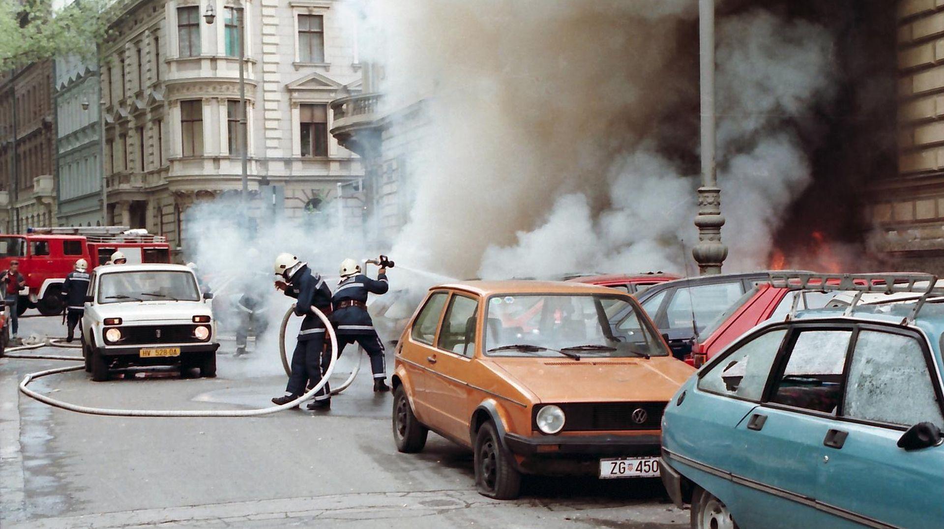 Krajem svibnja Martiću i Čeleketiću počinje zagrebačko suđenje za raketiranje hrvatskih gradova