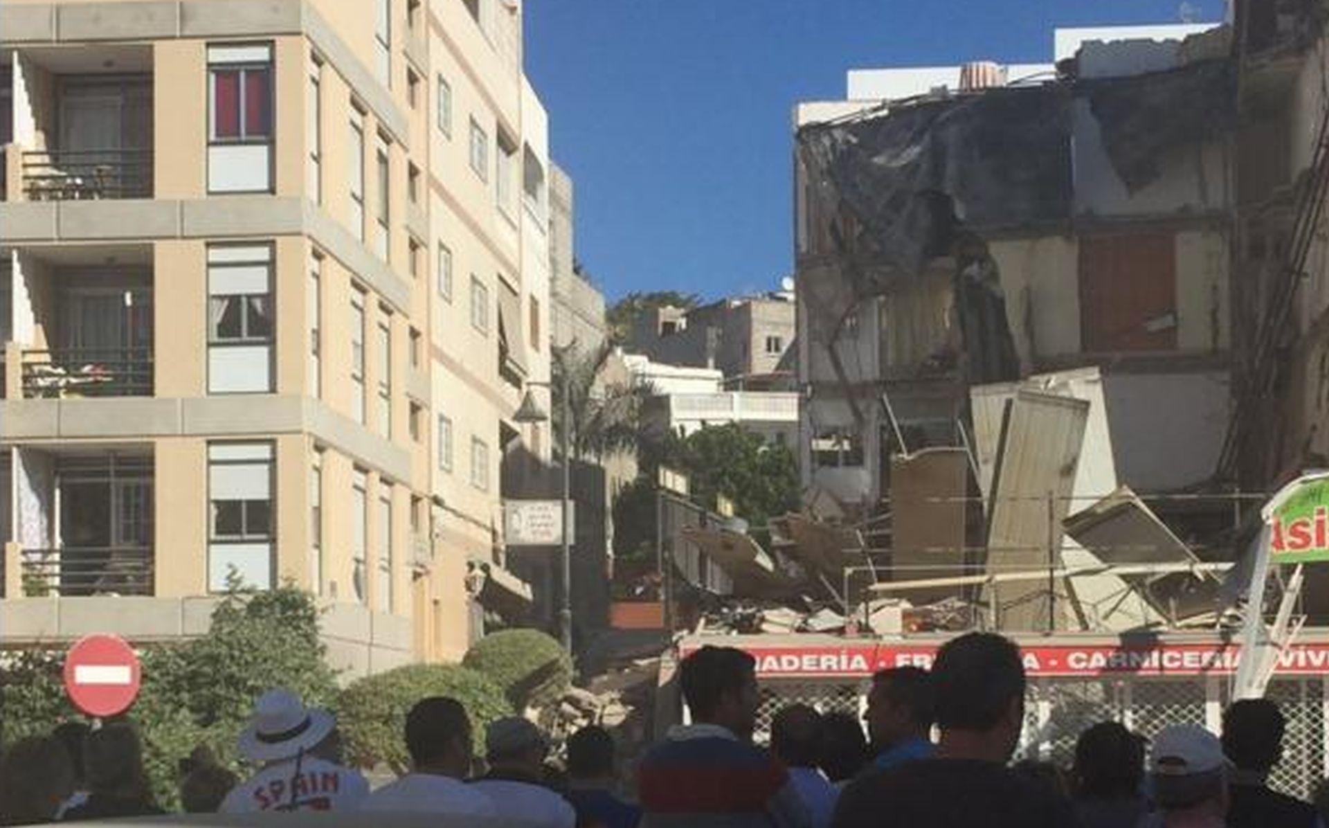 URUŠILA SE ČETVEROKATNICA NA TENERIFIMA Najmanje troje ozlijeđenih, ljudi zarobljeni pod ruševinama