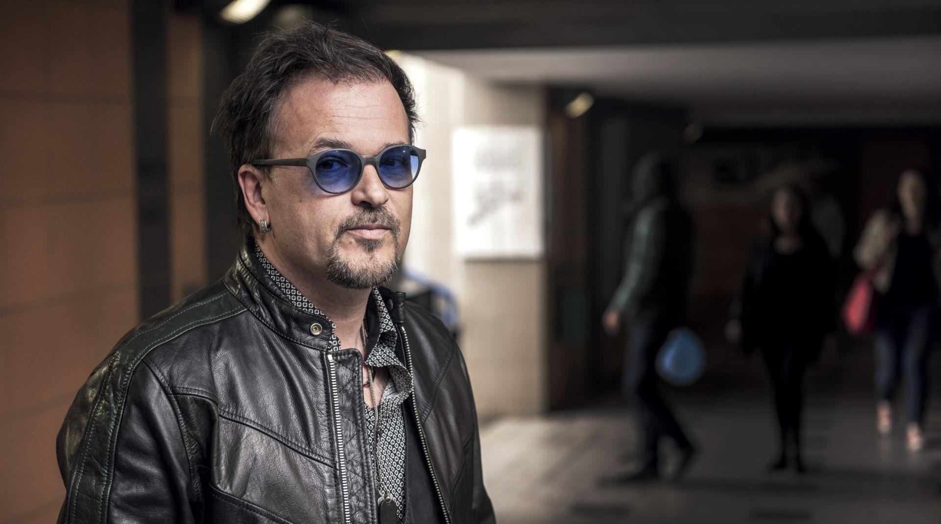 INTERVIEW: ZLATAN STIPIŠIĆ – GIBONNI 'Ne znam što nas više u životu košta – primitivci ili intelektualci bez širine'