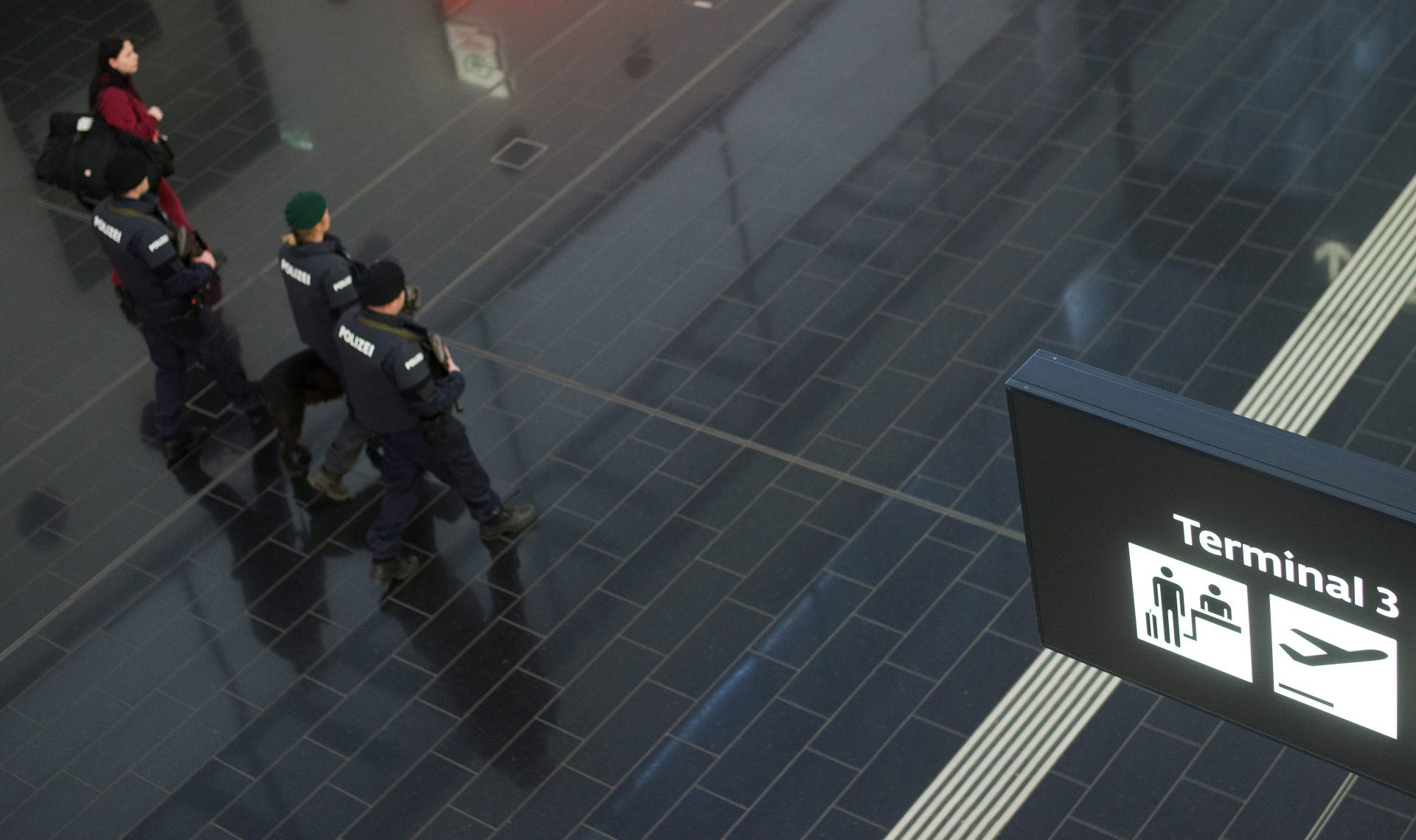 POTVRĐENO: Jedan od bruxelleskih terorista radio kao student u zgradi Europskog parlamenta