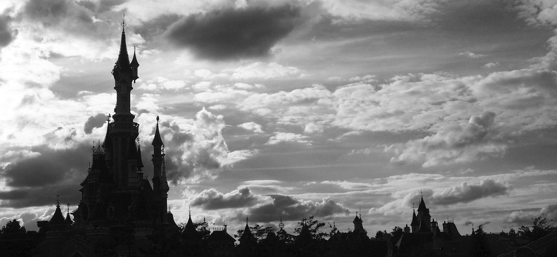 ISTRAGA U TIJEKU Zaposlenik pariškog Disneylanda preminuo u kući strave