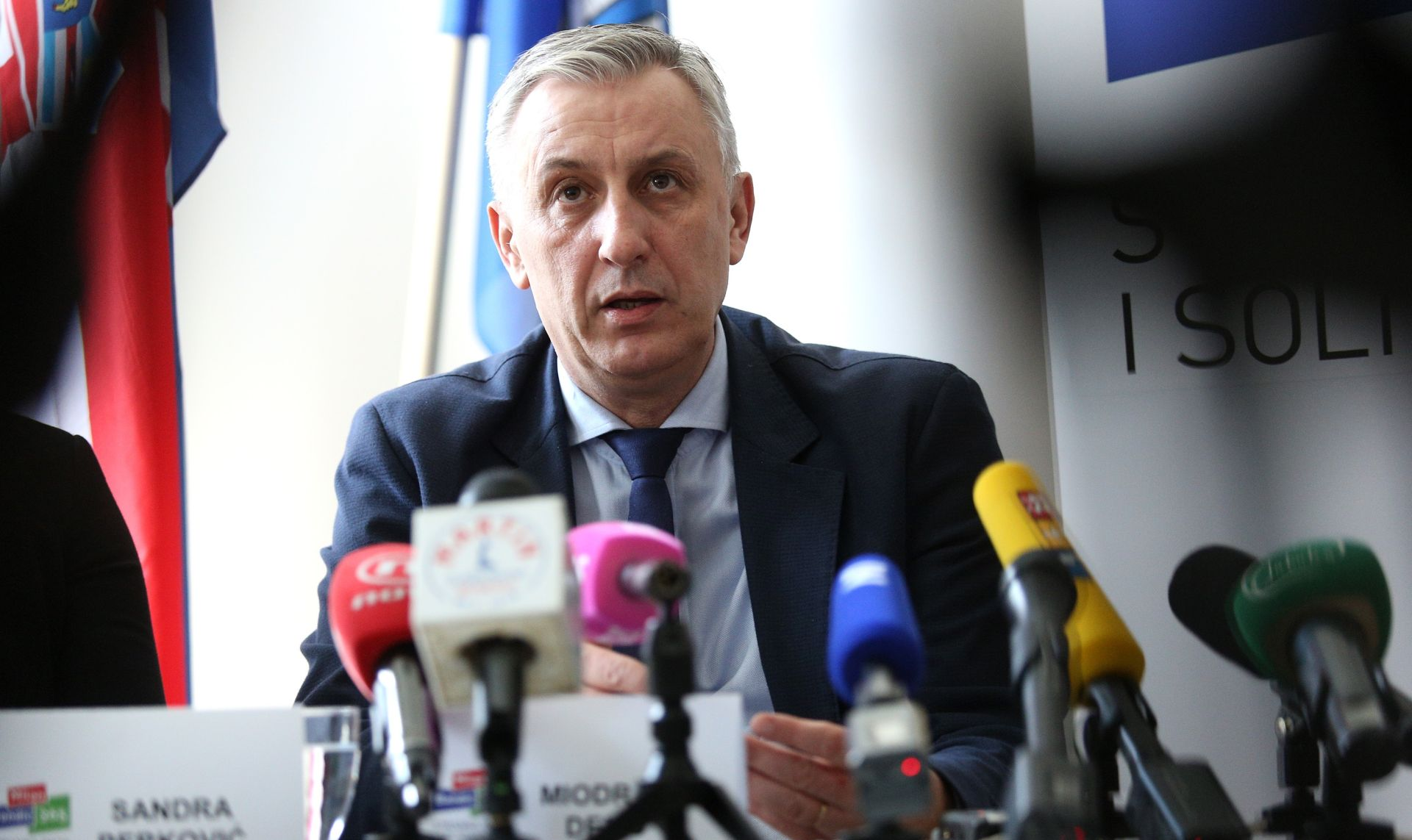ODBOR ZA VETERANE: I Oreškovićeva vlada morala bi odbaciti političke optužnice protiv pripadnika HVO-a