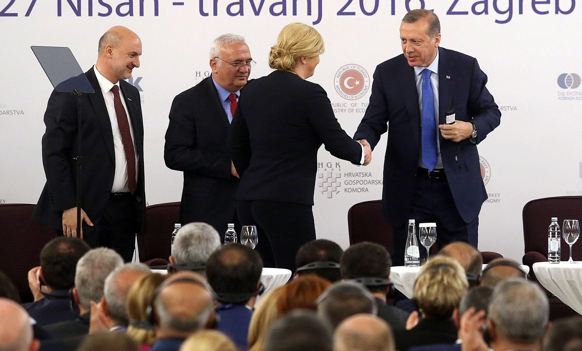 ZAVRŠAVA POSJET HRVATSKOJ: Hrvatski ministri s Erdoganom otvorili Turski kulturni centar