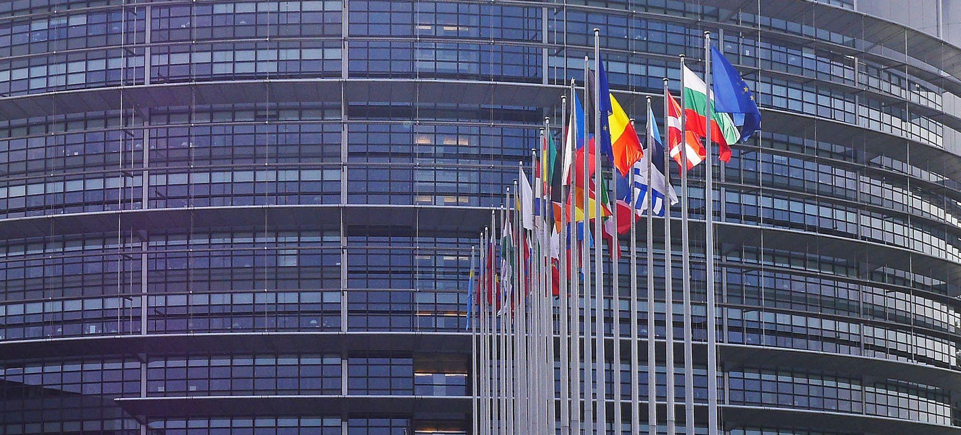 Propagandni materijal IS-a pronađen kod vozača Europskog parlamenta
