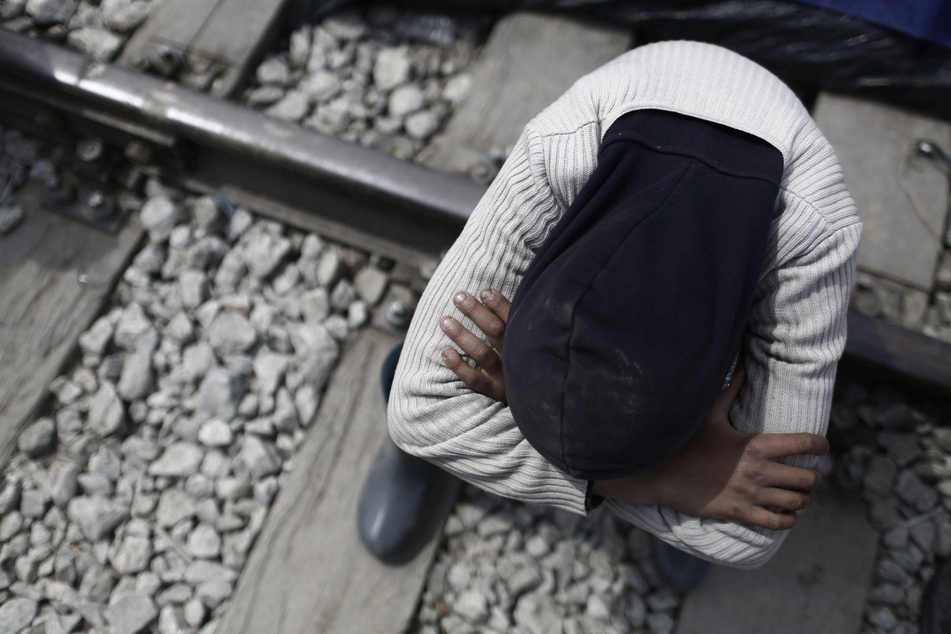 GRČKO-MAKEDONSKA GRANICA: Preminuo Sirijac kojeg je udarilo policijsko vozilo