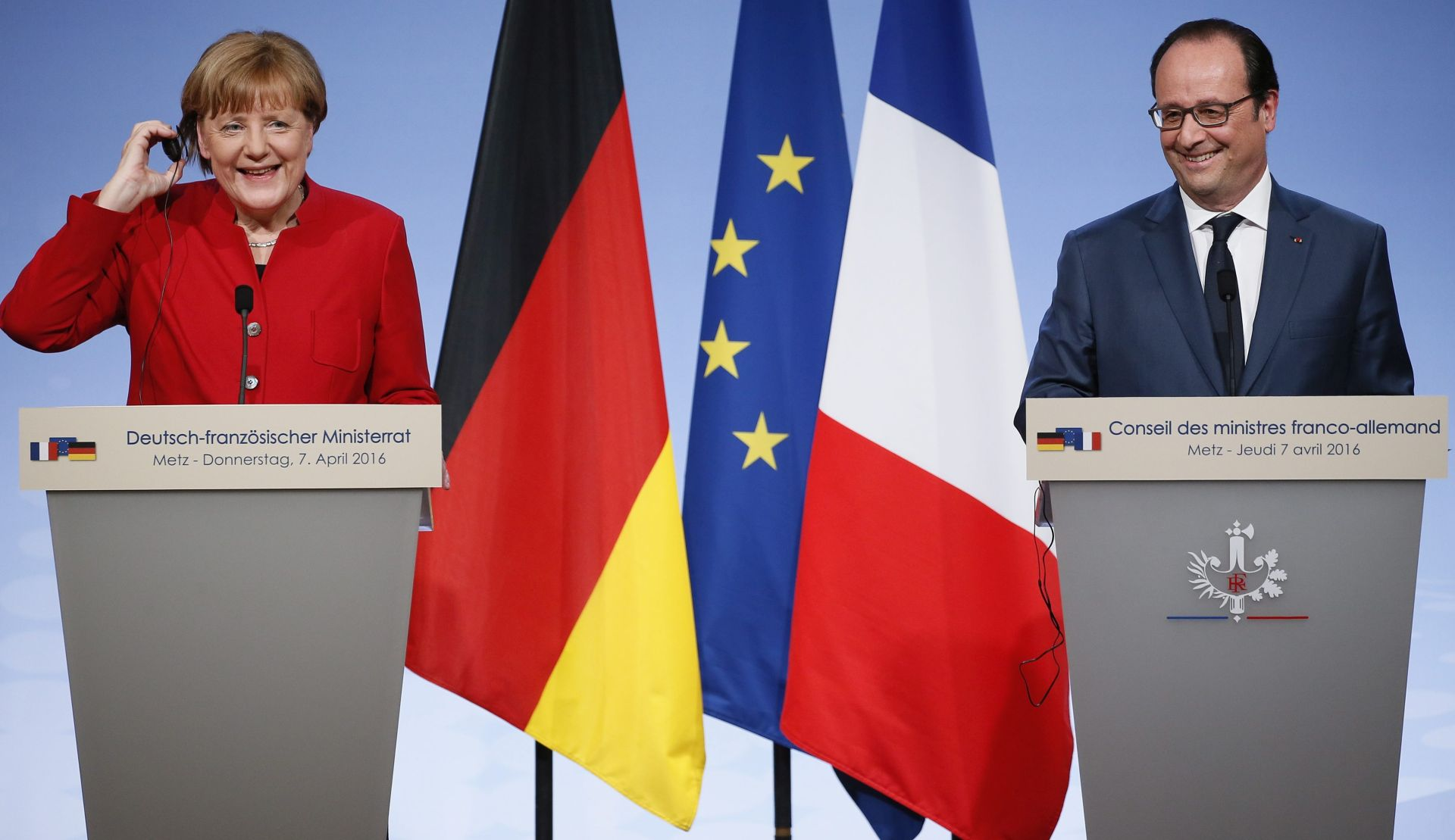 Hollande: Pariz i Berlin nastavljaju primjenu ugovora o pridruživanju Ukrajine