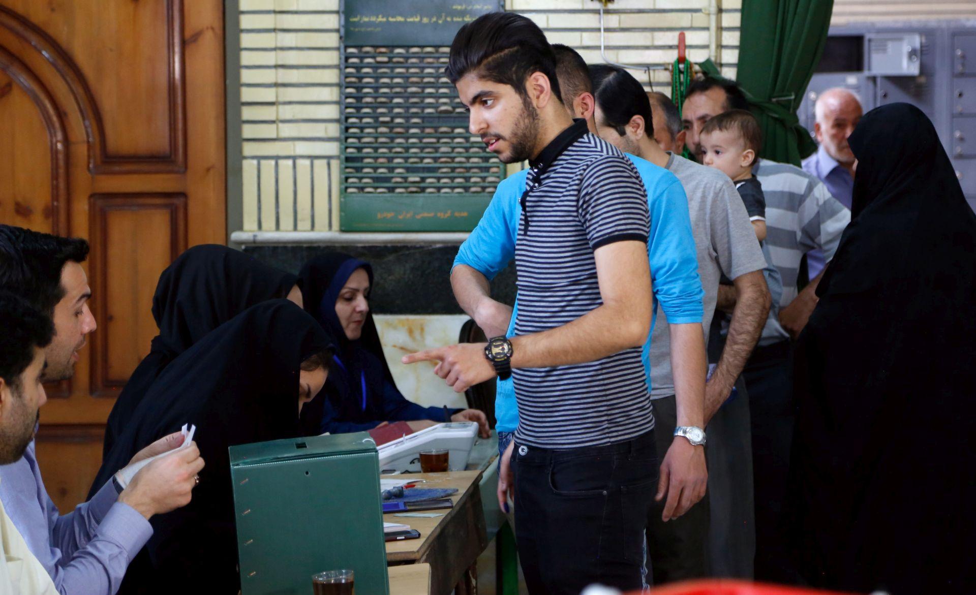 IZBORI U IRANU: Uspjeh Rohanijevih saveznika