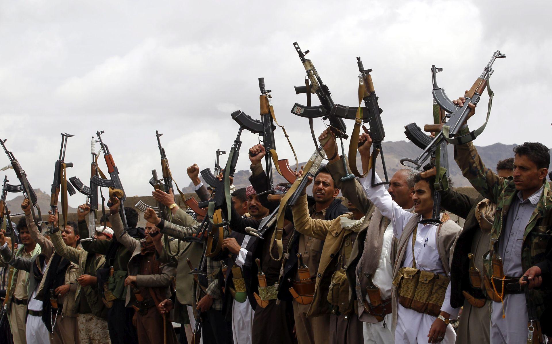 VOJNA OFENZIVA: Ubijeno 800 boraca Al Kaide