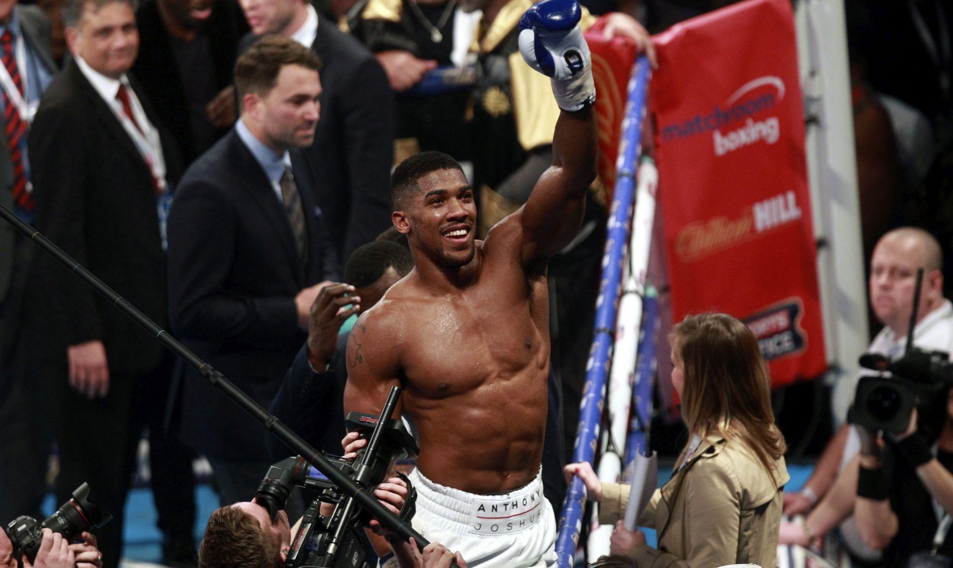 BOKS Joshua obranio naslov svjetskog prvaka