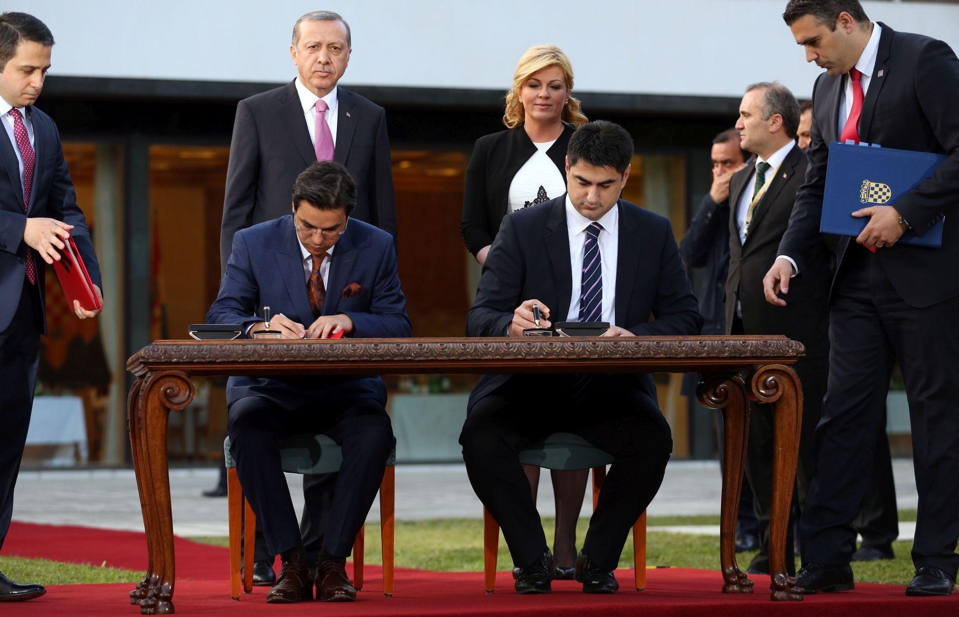 POSJET TURSKOG PREDSJEDNIKA: HRT i Turska radiotelevizija potpisale protokol o suradnji