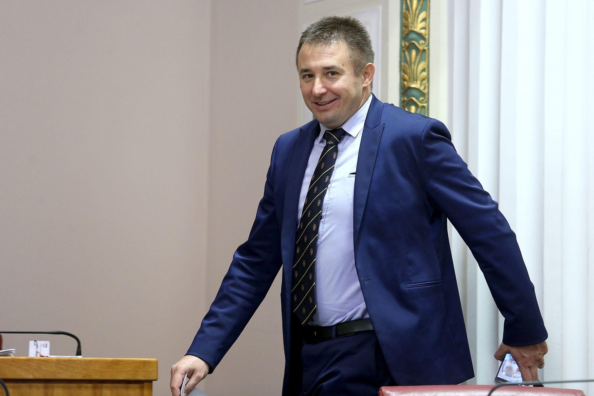 SABOR: Zastupnik Kristić zatražio obustavu građevinske dozvole za projekt Golf na Srđu